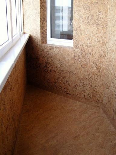 Пробковый пол для балкона в интерьере