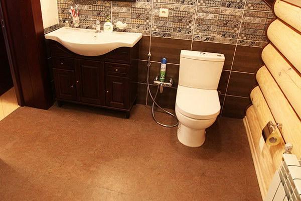 Пробка для стен и пола в ванной
