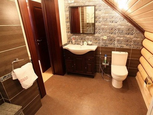 Пробковый пол в интерьере ванной комнаты