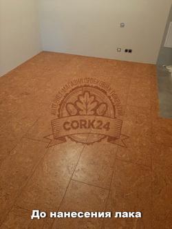 Укладка клеевой пробки Corkstyle Madeira в жилом помещении - фото 2