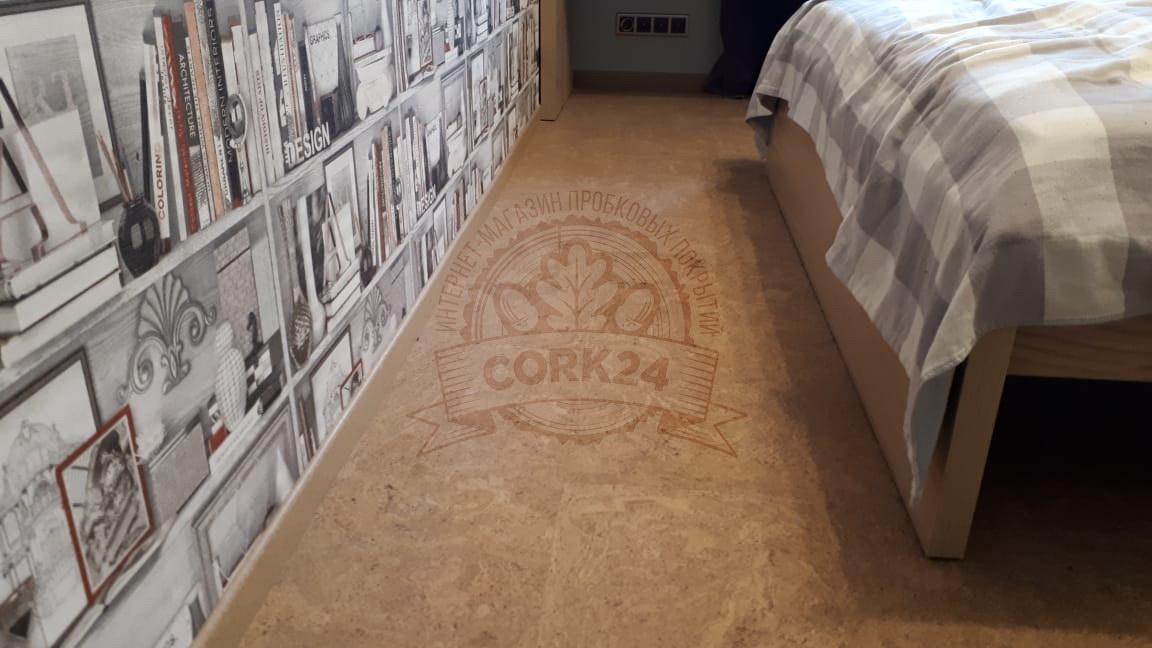 Пробковый пол Corkstyle Madeira Sand в квартире - фото 6