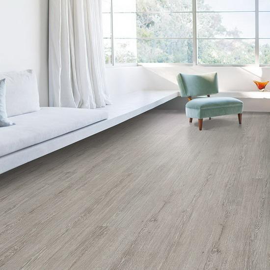 Пробковый ламинат с фотопечатью Wicanders Wood Platinum Chalk Oak в интерьере D886003